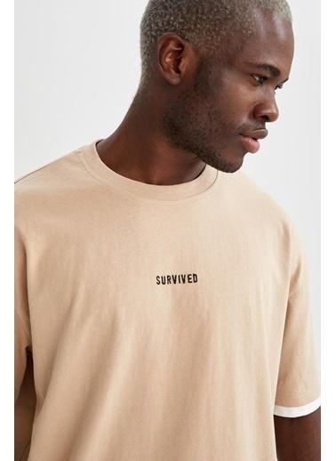 DeFacto Oversize Fit Bisiklet Yaka Slogan Baskılı T-shirt Bej